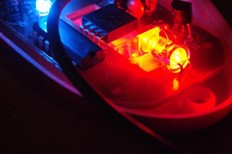 Svietiaca dióda LED.jpg