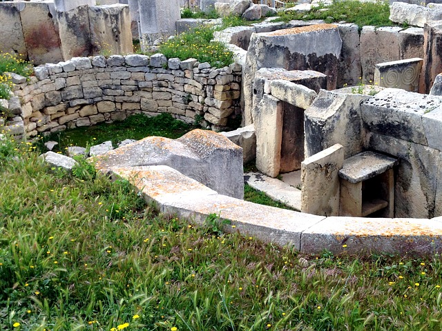 Praveký chrám Malta.jpg